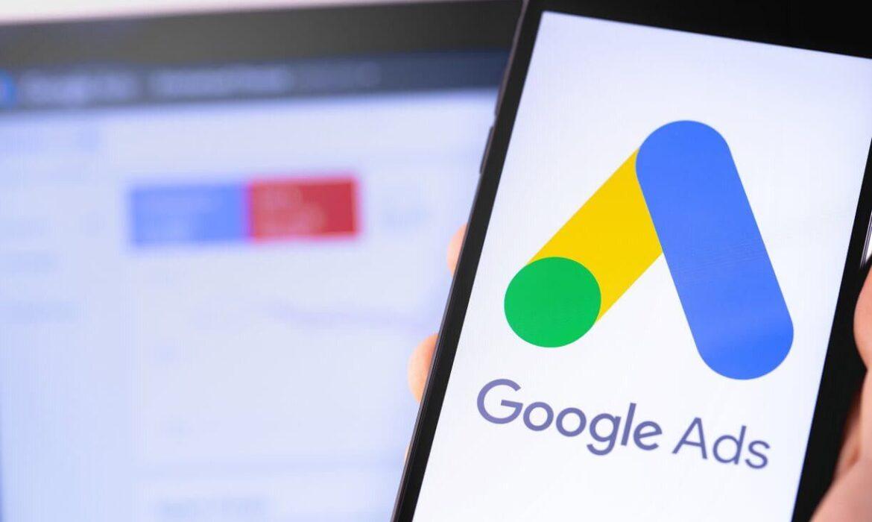 Google Ads, YouTube videolarında form uzantısını test etmeye başladı